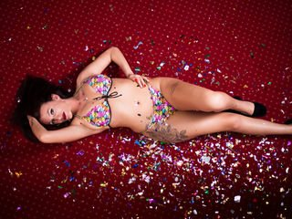 kaylindream european cam girl enjoys her naughty solo session live on cam