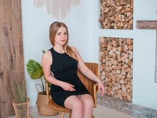 ritasavvy cam babe thinks that private live sex is the real pleasure