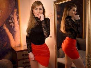 melaniemoss smoking cam girl in live sex show online