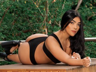 antonellawilson cam girl wants showing great striptease live show