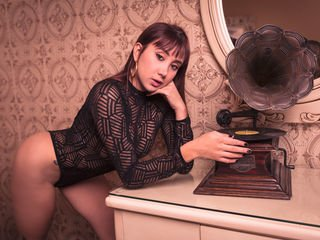 rebecakefer bisexual cam girl loves close up live show on XXX cam