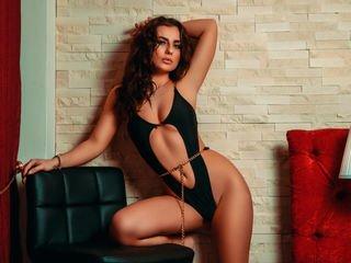 marydecker european cam babe shows striptease to excite you online