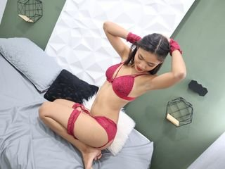 eviejhones spanish cam babe squirting with pleasure online