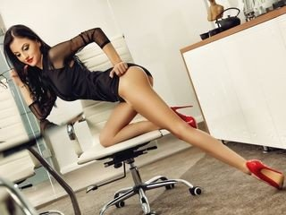 vivyantyler live sex session with slim european cam girl getting her pussy ruined online