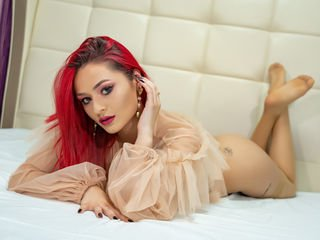 serinfox bisexual cam girl loves close up live show on XXX cam