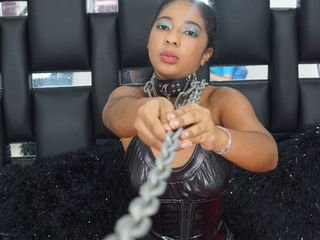 katrinawills horny cam girl presents fetish live sex show on camera