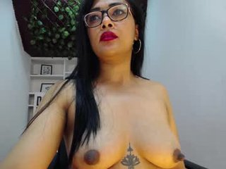 inndrahot cam mature mistress loves it when her boy toy rims her anus like the man whore he is