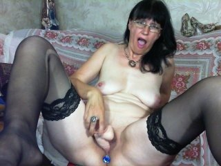 koroleva70 russian cam girl playing with her juicy pussy while nobody is around to help her out with that
