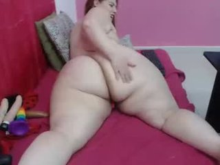 sexy_curvi milf cam babe, the real fun began when she is were almost naked online
