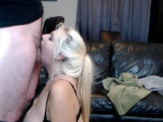 slavebc cam babe with horny pussy learns how to squirt online