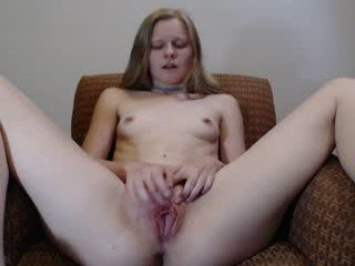 khalipso nude cam babe wide pussy stretching and masturbation online