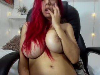 sharon_lewwis latina cam girl likes to sit naked on camera