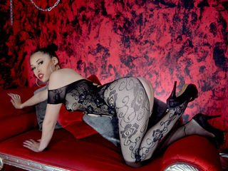 kimsub cam girl wants showing great striptease live show
