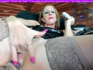 lourdesnoir milf cam babe, the real fun began when she is were almost naked online