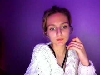 enlivenluv russian slim cam babe wants to you feel your cock moving back and forth inside in her horny holes online