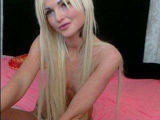kaleykesha depraved blonde cam girl presents her pussy drilled