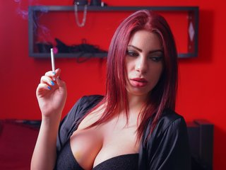 kimmartinez bisexual cam girl loves close up live show on XXX cam