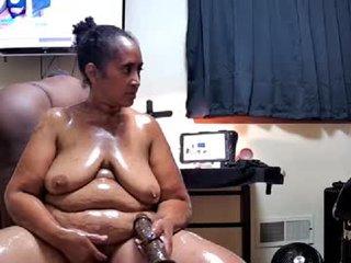 _nakeddj fat cam babe loves masturbates her pussy hard online