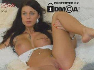scorpi_bella naked cam girl loves ohmibod vibration in her tight pussy online