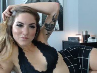 jojodelow cam girl loves when satisfy her nasty pussy hole in private live sex chat